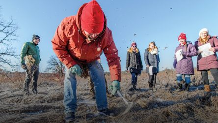 The Big Dig: Tiny Earth Studentsources Antibiotic Discovery